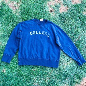 Vintage College Spellout Crewneck Made in USA Swea